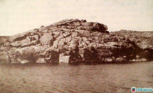 Скала Любовь, уничтожена при строительстве Днепровской ГЭС