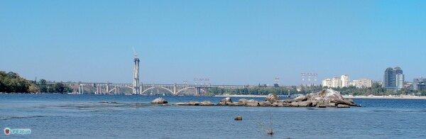 Вид на мосты через Новое русло Днепра снятый с острова Растебина