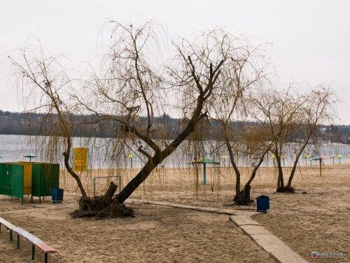Центральный городской пляж (Ждановский)