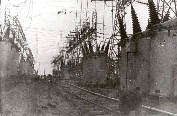 Гигантские электрические системы от General Electric (ДнепроГЭС)