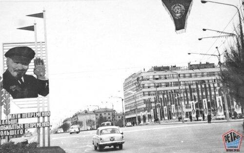 Портрет Владимира Ильича в центре города