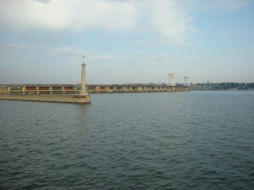 Маяк походного канала шлюза, верхний бьеф