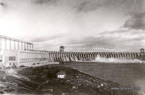 Первый пуск турбин ДнепроГЭС (30-е годы)