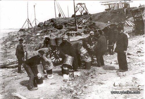 Подготовка к взрыву скал для строительства ДнепроГЭС (конец 20-х годов)