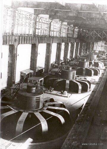 Турбинный зал ДнепроГЭС
