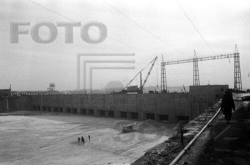 Восстановление ДнепроГЭС после войны (кадры 1946-1947 годов)