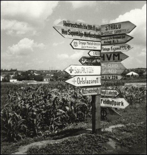 Кадры нашего города Запорожье в 1943 году сделал немецкий фотограф Herbert List.