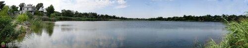 Панорама затопленного карьера на Вырве