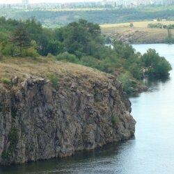 Одна из красивых скал Хортицы