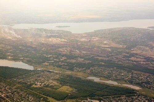 Оранжевое облако заводского дыма постоянно висит над Запорожьем