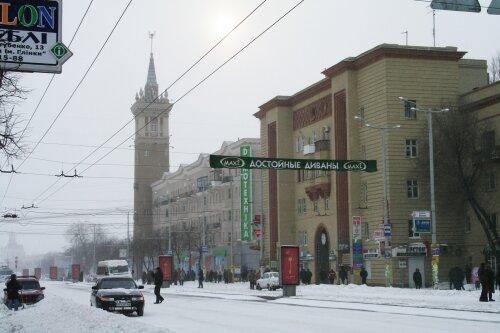 Снегопад в Запорожье: город замело снегом