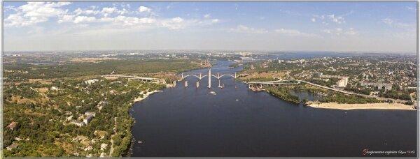 Запорожье с высоты птичьего полета. Мосты - главная запорожская стройка. Август, 2016 год.