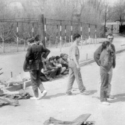 Городские соревнования по авиамоделям в автогородке Осипенковского микрорайона, весна 1991 года