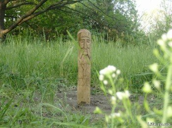 Деревянный идол. о.Хортица. Май 2008г.