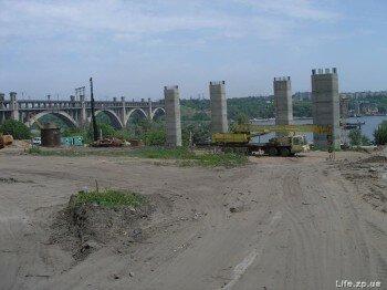 Строительство новых запорожских мостов.