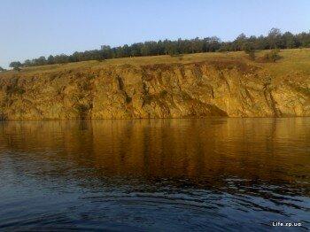 Хортицкие скалы на закате