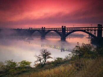 Вид на первый мост с Хортицы